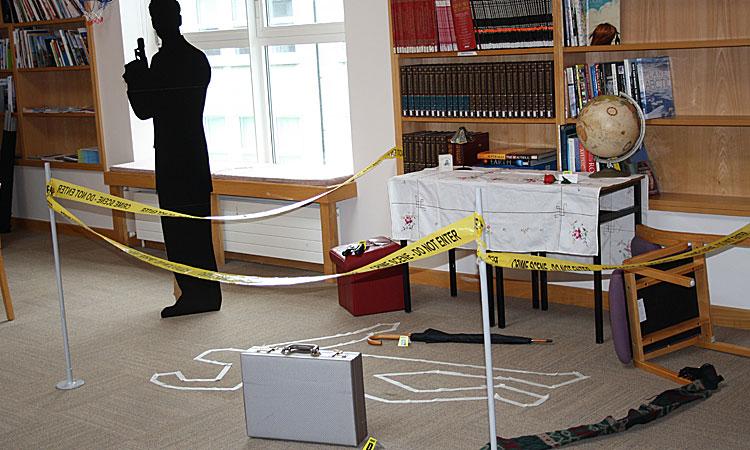 James Bond Murder Mystery